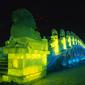 ハルピン氷雪祭り-氷の彫刻ライトアップ